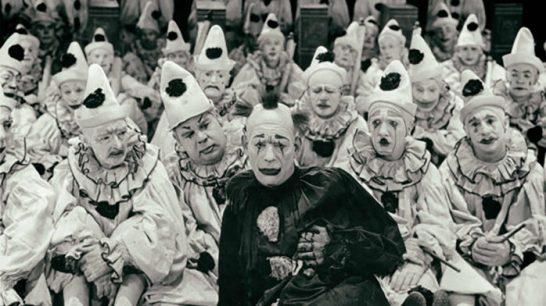 sad-clown-2-698x392